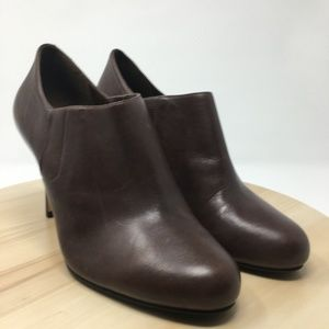 Cole Haan Women's Brown Leather High Heels AO5